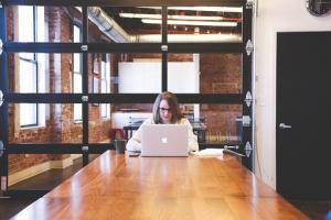 Zalety internetowych kantorów